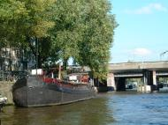 Asisbiz Holland Amsterdam canal scenes Oct 2001 56