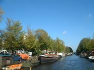 Asisbiz Holland Amsterdam canal scenes Oct 2001 64