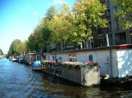 Asisbiz Holland Amsterdam canal scenes Oct 2001 65