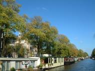 Asisbiz Holland Amsterdam canal scenes Oct 2001 67