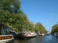 Asisbiz Holland Amsterdam canal scenes Oct 2001 71