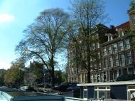 Asisbiz Holland Amsterdam canal scenes Oct 2001 75