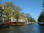 Asisbiz Holland Amsterdam canal scenes Oct 2001 77