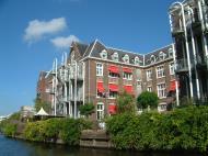 Asisbiz Holland Amsterdam canal scenes Oct 2001 80