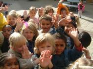 Asisbiz Amsterdam Kids just all smiles Oct 2001 01