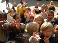 Asisbiz Amsterdam Kids just all smiles Oct 2001 02