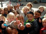 Asisbiz Amsterdam Kids just all smiles Oct 2001 04