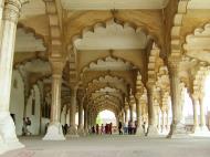 Asisbiz Agra Fort Diwan i Am Hall of Public Audience India Apr 2004 04