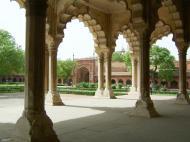 Asisbiz Agra Fort Diwan i Am Hall of Public Audience India Apr 2004 05