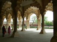 Asisbiz Agra Fort Diwan i Am Hall of Public Audience India Apr 2004 06