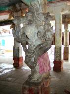 Asisbiz Madurai Alagar Kovil Temple pillars India May 2004 02