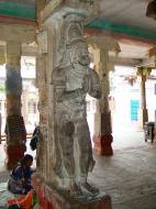 Asisbiz Madurai Alagar Kovil Temple pillars India May 2004 05