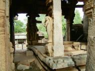 Asisbiz Madurai Alagar Kovil Temple ruins India May 2004 03