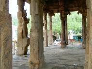 Asisbiz Madurai Alagar Kovil Temple ruins India May 2004 05