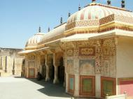 Asisbiz Rajasthan Jaipur Amber Fort compound architecture India Apr 2004 02