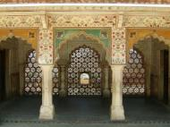 Asisbiz Rajasthan Jaipur Amber Fort compound architecture India Apr 2004 03
