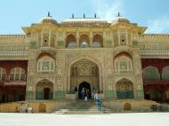 Asisbiz Rajasthan Jaipur Amber Fort compound architecture India Apr 2004 11