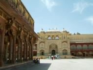 Asisbiz Rajasthan Jaipur Amber Fort compound architecture India Apr 2004 12