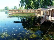 Asisbiz Kashmir Srinagar Dal lake panoramic views India India Apr 2004 033