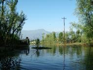 Asisbiz Kashmir Srinagar Dal lake panoramic views India India Apr 2004 046