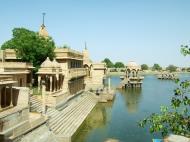 Asisbiz Rajasthan Jaisalmer Gadi Sagar Lake India Apr 2004 02