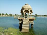 Asisbiz Rajasthan Jaisalmer Gadi Sagar Lake India Apr 2004 04