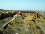 Asisbiz Rajasthan Jaipur Jaigarh Fort Jaivana cannon India Apr 2004 02