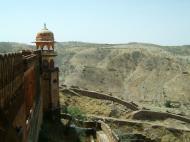 Asisbiz Rajasthan Jaipur Jaigarh Fort Jaivana cannon India Apr 2004 04