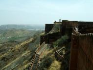 Asisbiz Rajasthan Jaipur Jaigarh Fort Jaivana cannon India Apr 2004 05