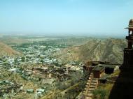 Asisbiz Rajasthan Jaipur Jaigarh Fort Jaivana cannon India Apr 2004 06