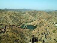 Asisbiz Rajasthan Jaipur Jaigarh Fort Jaivana cannon India Apr 2004 09