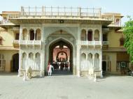Asisbiz Rajasthan Jaipur City Palace fresco artwork India Apr 2004 02