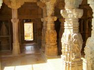 Asisbiz Rajasthan Jaisalmer Fort Jain Temple pilar engravings India Apr 2004 02