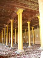 Asisbiz Kashmir Srinagar Jama Masjid Mosque prayer hall India Apr 2004 02