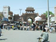 Asisbiz Rajasthan Jodhpur Sardar Market entrance India Apr 2004 02