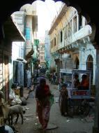 Asisbiz Rajasthan Jodhpur Sardar Market side streets India Apr 2004 01