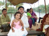 Asisbiz Kerala Kochi Water River Cruise India May 2004 02