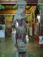 Asisbiz Madurai Sri Meenakshi Temple Thousand Pillar Hall India May 2005 03