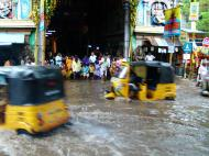 Asisbiz Madurai Sri Meenakshi Temple main road flooding India May 2005 08