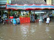 Asisbiz Madurai Sri Meenakshi Temple main road flooding India May 2005 09