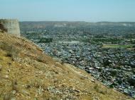 Asisbiz Nahargarh Fort Aravalli Hills overlooking city of Jaipur India Apr 2004 09