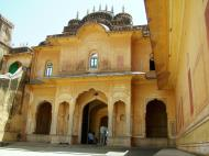 Asisbiz Rajasthan Jaipur Nahargarh Fort compound India Apr 2004 01