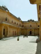Asisbiz Rajasthan Jaipur Nahargarh Fort compound India Apr 2004 05
