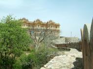 Asisbiz Rajasthan Jaipur Nahargarh Fort compound India Apr 2004 06