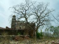 Asisbiz Rajasthan Jaipur Nahargarh Fort perimeter fortifications India Apr 2004 02
