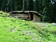 Asisbiz Kashmir Pahalgam Valley Treking India Apr 2004 02