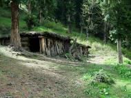 Asisbiz Kashmir Pahalgam Valley Treking India Apr 2004 03