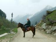 Asisbiz Kashmir Pahalgam Valley Treking by mountain pony India Apr 2004 002