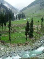 Asisbiz Kashmir Pahalgam Valley Treking by mountain pony India Apr 2004 035