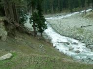Asisbiz Kashmir Pahalgam Valley Treking by mountain pony India Apr 2004 038